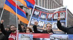 Familiares de las víctimas de 2008 manifiestan contra Kocharian - Soy Armenio