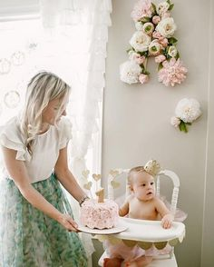 "#TBT to this floral first birthday. Our favorite part besides the birthday girl? That DIY'd floral ""A"" that was used for the party, then moved to the nursery. Love that! See all the adorable party details - link in profile! : @lalajones"