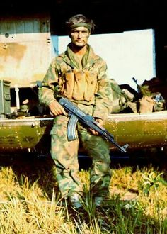 SOG operator with AK camo jump suit and no identifying insignia or patches ~ Vietnam War Photo Vietnam, Vietnam War Photos, American War, American History, Special Forces, Special Ops, Vietnam History, North Vietnam, Vietnam Veterans