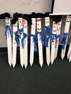 I love this idea for a Christmas gift- next year. Purchase fence post from Home Depot. Let students decorate.