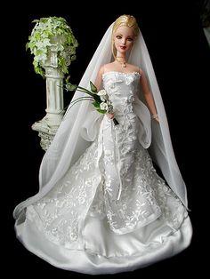 Brides - Loretta