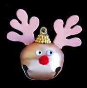 Reindeer Bell Ornament--http://www.daniellesplace.com/HTML/christmas_page2.html#