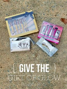 Give The Gift Of Glow #beauty #beautyblogger #bblogger #makeup #tools