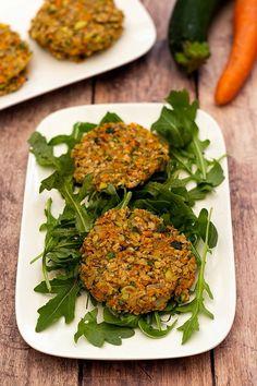 Urgette and carrot Healthy Dinner Recipes, Vegetarian Recipes, Cooking Recipes, Galette Vegan, Vegan Dumplings, Plat Vegan, Vegan Granola, Nutrition Articles, Light Recipes