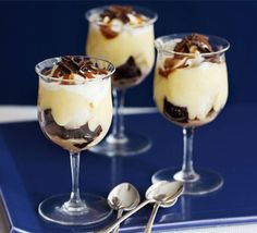I've made this dessert for two different dinner parties and both times they were a crowd pleaser. Easy dessert which you can make in advance which is helpful if you have a dinner party after work or need to find time to make the other two courses!   Baileys banana trifles | BBC Good Food