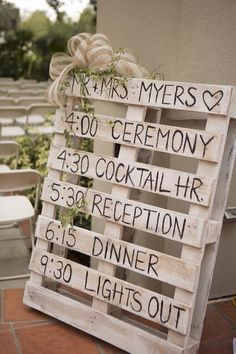 24 DIY Country Wedding Ideas with Pallets to Save Budget - E.- 24 DIY Country Wedding Ideas with Pallets to Save Budget – EmmaLovesWeddings rustic diy pallet wedding timeline sign ideas - Rustic Country Wedding Decorations, Diy Wedding Decorations, Decor Wedding, Wedding Cakes, Country Decor, Rustic Diy Wedding Decor, Country Wedding Themes, Rustic Wedding Programs, Vintage Country Weddings