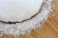 Magnesium ist ein unheimlich wichtiges Mineral für unsere Gesundheit. Der Mangel an diesem Mineral löst unzählige Krankheiten aus, u. a. Muskelschmerzen, Störungen des Nervensystems, Schwindelgefühl, Gelenkebeschwerden oder Migräne.