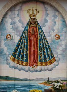 Nossa Senhora Aparecida    Paróquia de Santo Inácio de Loiola, na Vila Mariana, em São Paulo.