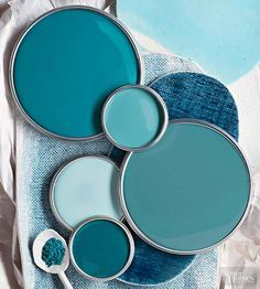The soothing shades of ocean waves shift from green to blue depending on weather conditions and changing light. Similar color variations arise in this green-tinted palette of blues that combines turquoise, aqua, teal, azure, and baby blue./