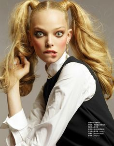 Gossip Girl – Tanya Dziahileva goes prep school chic for the September issue of Vogue Taiwan lensed by Naomi Yang. Donning pigtails and rosy cheeks… Pigtail Hairstyles, Pigtail Braids, Hairdos, Vogue, Tanya Dziahileva, Slick Ponytail, Hot Hair Styles, Celebrity Hairstyles, Pretty People