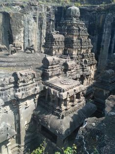 Estimated to be yrs old. Kailash Temple, Ellora Caves, India has been ca. - Estimated to be yrs old. Kailash Temple, Ellora Caves, India has been carved out of single - Indian Temple Architecture, Ancient Architecture, Amazing Architecture, Gothic Architecture, Ancient Buildings, Ancient Ruins, Mayan Ruins, Ancient Greek, Beautiful Places To Travel