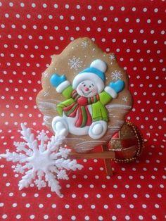 Cute Christmas Cookies, Snowman Cookies, Iced Cookies, Christmas Cupcakes, Christmas Sweets, Noel Christmas, Holiday Cookies, Christmas Baking, Fancy Cookies