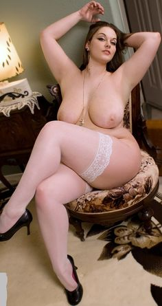 Bad Girl Stars Nude
