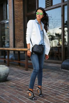 skinny jeans with statement shoes