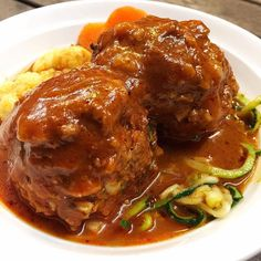 Slow Cooked Porcupine Meatballs Delicious family friendly recipe direct from The Healthy Mummy App! Minced Beef Recipes, Minced Meat Recipe, Mince Recipes, Lamb Recipes, Meatball Recipes, Slow Cooked Meals, Slow Cooker Recipes, Healthy Mummy Recipes, Healthy Food
