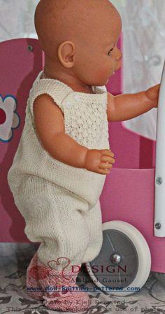 Knit gorgeous doll clothes in pink and white Baby Born, Baby Dresses, Knit Patterns, Knits, Doll Clothes, Crochet Hats, Dolls, Pink, Fashion