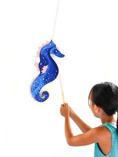 DIY Seahorse Pinata