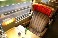 The Man in Seat Sixty-One - the train travel guide... THE BEST train travel guide ever!