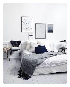| B e d r o o m | @trineholbaekdesigns @idestrup @miamortensenphotography #lovely #bedroom #art #trineholbaekdesigns #white #blue #velvet #cushion #bed #arnejacobsen #fritzhansen #sjuan #chair #interior #homedesign #instagood #inspiration #inredning