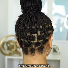 finger coils up into a bun Protective Hairstyles For Natural Hair, Natural Hair Braids, Natural Hair Care, Natural Hair Styles, Finger Coils Natural Hair, Natural Braided Hairstyles, Natural Hair Weaves, Cabello Afro Natural, Pelo Natural