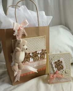 great baby gift bag and card