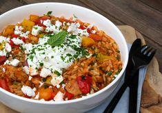 Griekse kip orzo Tapas, Pasta Recipes, Cooking Recipes, Healthy Recipes, Greece Food, Good Food, Yummy Food, Rabbit Food, Happy Foods
