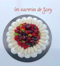 Meringue Pavlova, Pavlova Recipe, Home Bakery, Christmas Desserts, Cake Decorating, Chocolate Cake, Dessert Recipes, Favorite Recipes, Baking