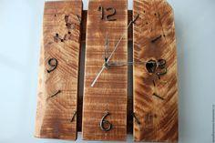 Купить или заказать часы в стиле loft (цвет орех) в интернет магазине на Ярмарке Мастеров. С доставкой по России и СНГ. Материалы: берёза, воск, лак. Размер: 300/300/40 мм