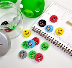 Angry Birds Circular Eraser Set Office Organization, Angry Birds, Birthday Parties, Japanese, Party, Work Office Organization, Anniversary Parties, Office Organisation, Birthday Celebrations