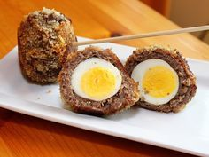 Baked Scotch Eggs - I LOVE Scotch Eggs.  All things awesome about breakfast in one dish.  I usually get them at ren faires but would love to try these at home!