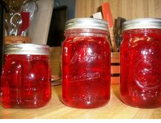 The red-hots cinnamon candies give it a little extra flavor boost that you will surely love! Also, this is about the PRETTIEST jelly I have ever made - a beautiful, brilliant red color! Jelly Recipes, Jam Recipes, Canning Recipes, Lunch Recipes, Yummy Recipes, Vegan Recipes, Yummy Food, Sauce Pizza, Gourmet
