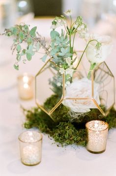 modern chic wedding centerpiece