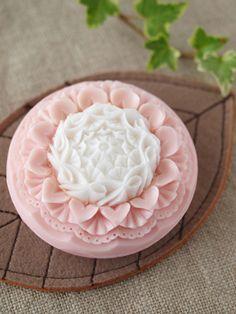 bicolor soap carving