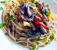 Napfény és Fűszer: Tejszínes -gombás tészta Wok, Spaghetti, Ethnic Recipes, Woks