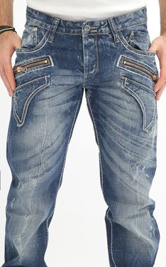 Looking for Men's Designer Jeans? Cipo & Baxx has the latest styles of Men's Ripped Jeans in Australia. Shop now on our online store! Denim Jeans Men, Jeans Pants, Ripped Jeans, Blue Jeans, Trousers, Hip Hop Fashion, Mens Fashion, Outfits Hombre, Men Closet