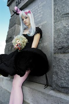 Photoshoot I did today: Gothic Lolita style. Model: Siffa Scary.