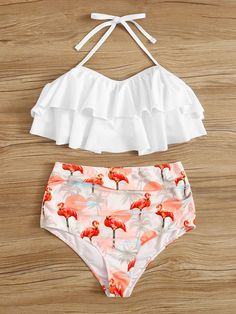To find out about the Ruffle Top With Random Flamingo Print Bikini Set at SHEIN, part of our latest Bikinis ready to shop online today! Bathing Suits For Teens, Summer Bathing Suits, Swimsuits For Teens, Cute Bathing Suits, Cute Swimsuits, Modest Swimsuits, Summer Suits, Bikini Modells, Flounce Bikini