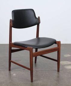 Arne Vodder; Teak and Leather Side Chair for Sibast, c1960..