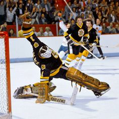An epic playoff series 35 years ago turned on a single penalty that forever altered hockey's most enduring rivalry Bruins Hockey, Hockey Goalie, Ice Hockey, Hockey Room, Hockey Pictures, Coach Of The Year, Goalie Mask, Boston Sports, Hockey Girls