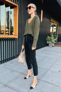 Green sweater (TTS - XS) Black raw hem jeans (tts) Chanel slingbacks (linked similar styles) Amy Jackson, Casual Chic, Fashion Jackson, Business Casual Outfits, Autumn Winter Fashion, Winter Outfits, Street Style, Fashion Outfits, Girly Outfits