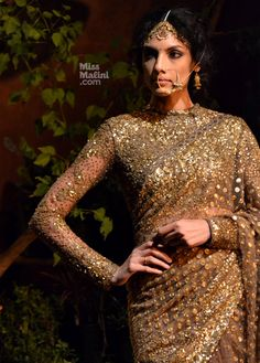 Sabyasachi Makes a Comeback at Delhi Couture Week Pakistani Couture, Indian Couture, Pakistani Dresses, Indian Sarees, Full Sleeves Blouse Designs, Saree Blouse Designs, Lehenga Designs, Blouse Styles, Indian Attire
