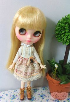 blythe and pureneemo by Piffypink on Etsy