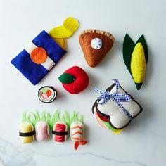 Brinquedo de feltro em formato de comida. Para a criança gourmet dentro de todos nós.