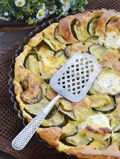 poivre, courgette, pâte feuilletée, fromage de chèvre, huile d'olive, pesto, sel