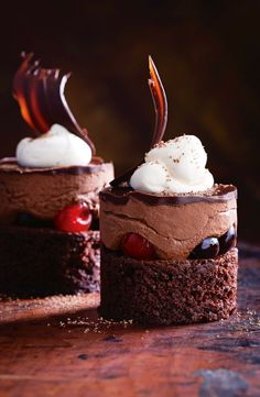 Black Forest Mousse Cakes