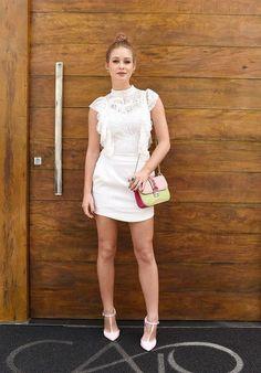 Urban Fashion, Look Fashion, Fashion Show, Girl Fashion, Fashion Outfits, Womens Fashion, All White Outfit, White Dress, Outfit Trends