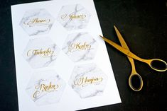 Gifts For Wedding Party, Diy Wedding, Top Wedding Trends, Name Cards, Party Printables, Stationery, Place Card Holders, How To Make, Handmade