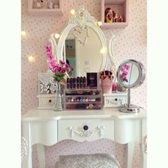 This absolutely lovely makeup area. | 25 Vanities That Are Basically Porn For Makeup Addicts