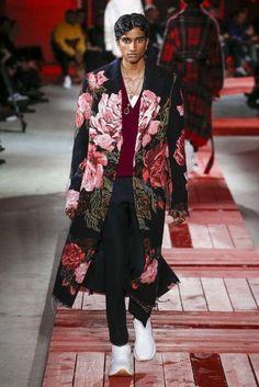 Alexander Mcqueen, Herbst/Winter 2018, Paris, Menswear #alexandermcqueenmenswear #MensFashionAutumn #alexandermcqueen2018