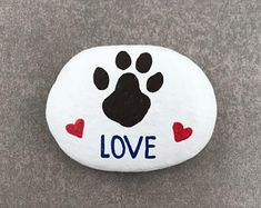 29 Amazing Diy Projects Painted Rocks Animals Dogs For Summer Ideas. If you are looking for Diy Projects Painted Rocks Animals Dogs For Summer Ideas, You come to the right place. Below are the Diy Pr. Heart Painting, Pebble Painting, Pebble Art, Love Painting, Painted Rock Animals, Painted Rocks Craft, Hand Painted Rocks, Rock Painting Patterns, Rock Painting Ideas Easy